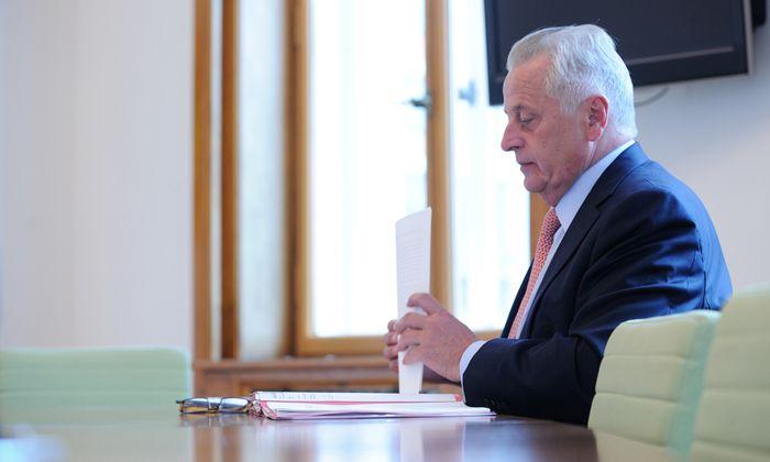 Hundstorfers Alternativen: SPÖ-Präsidentschaftskandidat oder viel Arbeit als Sozialminister.
