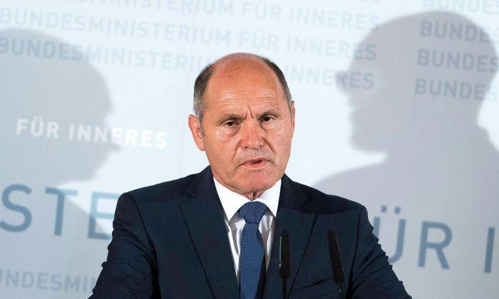 """Innenminister Wolfgang Sobotka: """"Keine Öffnung des Arbeitsmarktes für Asylwerber"""""""