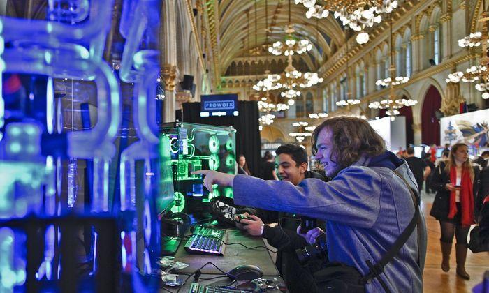 Noch bis Sonntag findet im und vor dem Wiener Rathaus die Game City statt. Insgesamt werden rund 80.000 Besucher erwartet.