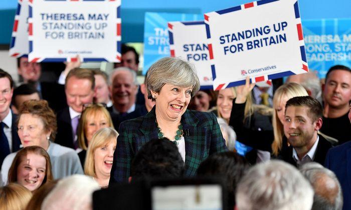 Theresa May bei einer Wahlkampfveranstaltung.