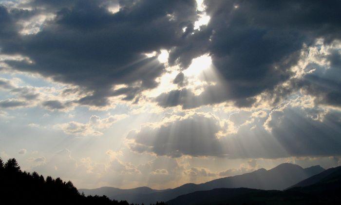 Sulfate in der Stratosphäre stören die Ozonschicht.