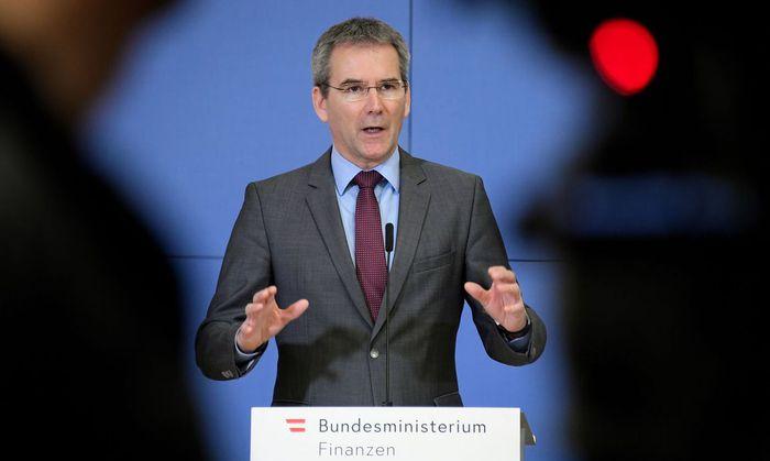Finanzminister Löger erwartet Sparen von allen Ressorts