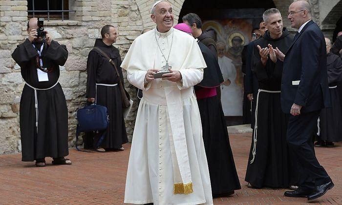 Papst Franziskus besuchte im Oktober 2013 Assisi, die Wirkungsstätte des Ordensgründers Franz von Assisi.