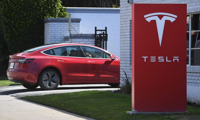 Tesla enttäuscht Anleger trotz Auslieferungs-Rekords, die Aktie fiel