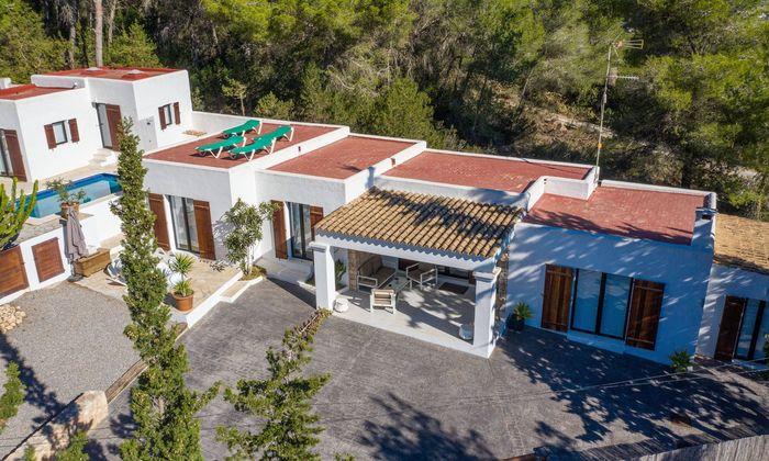 Villa, in der die ominösen Gespräche mit einer angeblichen OIigarchin stattgefunden haben.