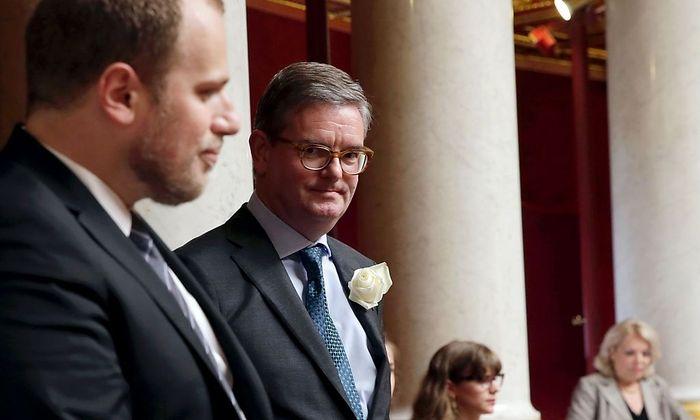Julian King soll den EU-Flüchtlingskommissar unterstützen.