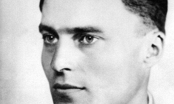 Von Stefan George zum Attentat inspiriert? Offizier Claus von Stauffenberg (1907–1944).