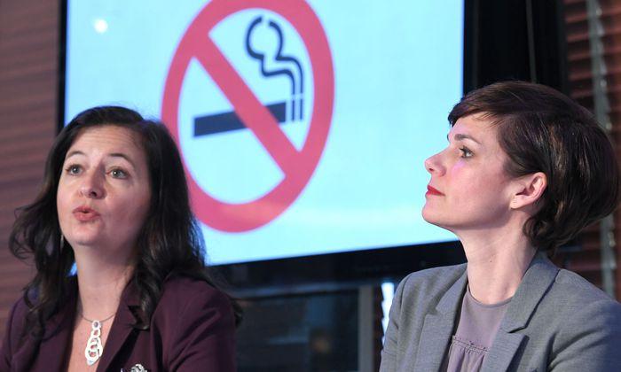 Die Wiener Stadträtin Ulli Sima (l.) und die Gesundheitssprecherin der SPÖ, Pamela Rendi-Wagner
