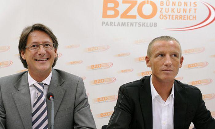 BZÖ-Spitze und ihr Chef Josef Bucher demonstrieren Einigkeit