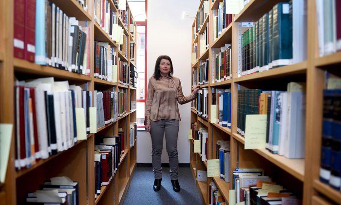 Hinter alten, teils ausgestorbenen Sprachen erspürt die Iranistin Chiara Barbati das pulsierende Leben, das sie einst transportierten.