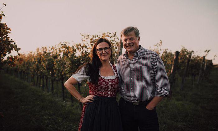 Christian und Maria Grassl auf ihrem Weingut in in Göttlesbrunn.