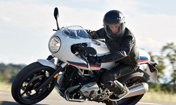 Big Bike mit Retro-Touch: BMW R NineT Racer.