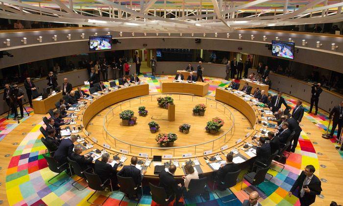 Am runden Brexit-Tisch in Brüssel.