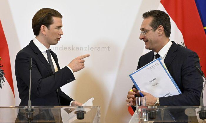 """Kanzler Sebastian Kurz (li.) will """"keine Verflechtungen"""" zwischen den Identitären und der FPÖ von Heinz-Christian Strache."""