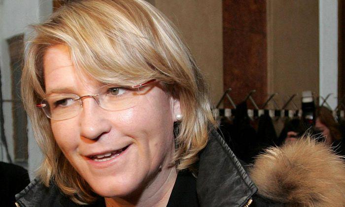 Ex-Justizministerin Karin Gastinger könnte sich schon bald über für sie positive Nachrichten freuen.