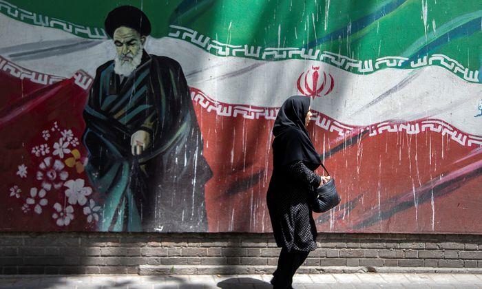 Teherans Führung kritisiert die Haltung der Europäer im Konflikt mit den USA als unzureichend und undurchsichtig.
