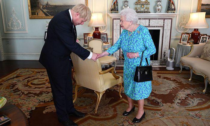 Boris Johnson nach seiner Ernennung von der Queen.