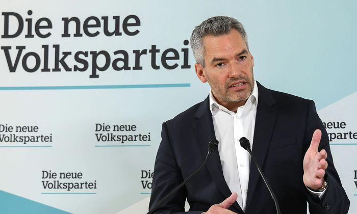 ÖVP-Generalsekretär Karl Nehammer ging beim Thema Parteispenden in die Gegenoffensive.