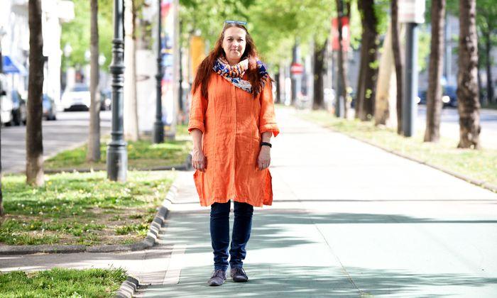 Die Vorsitzende des Berufsverbands der Kindergartenpädagoginnen, Raphaela Keller, fordert kleinere Gruppen und vor allem mehr Zeit für die Kinder.