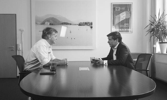 """Werner Kogler im Gespräch mit """"Presse""""-Herausgeber Rainer Nowak"""