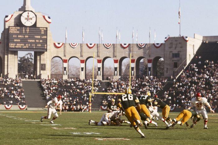 Das Stadion in Los Angeles war beim ersten Super Bowl nicht ausverkauft