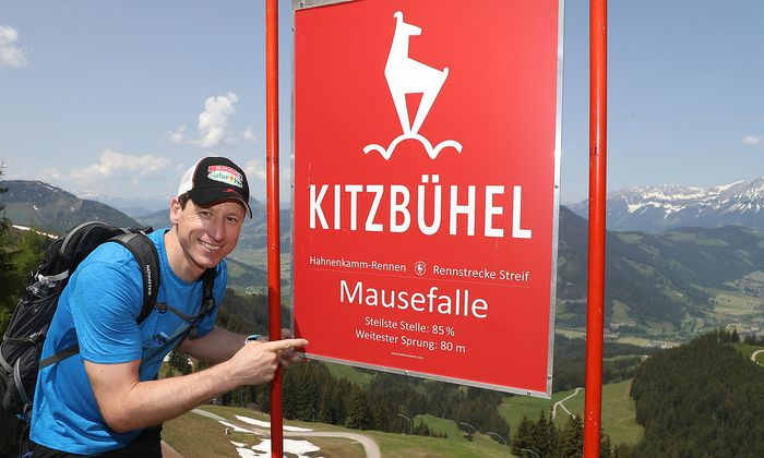 Hannes Reichelt bei der Streif-Wanderung