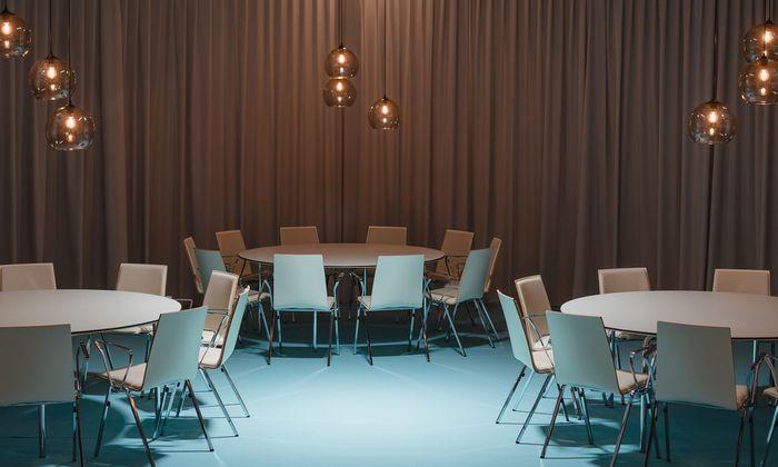 Vertrauliche Nischen für Ministertreffen: Das Restaurant in der Messehalle X2 im Austria Center Vienna.