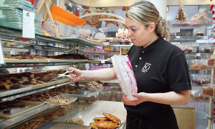 Symbolbild: Lehrling im Lebensmittelhandel