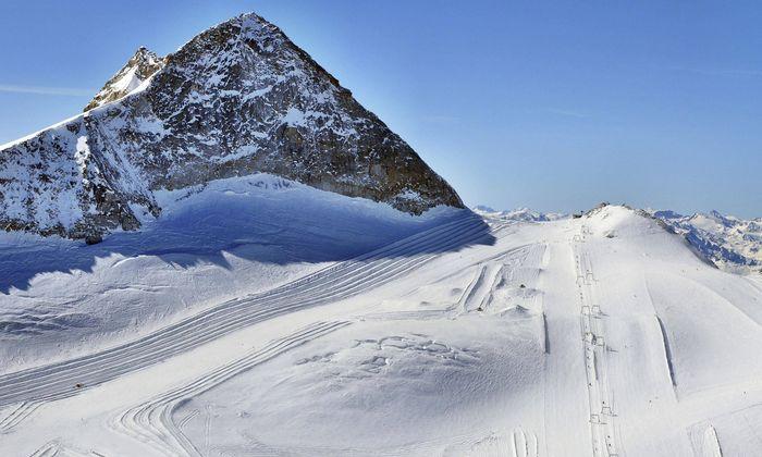 Hintertuxer Gletscher in den Zillertaler Alpen.