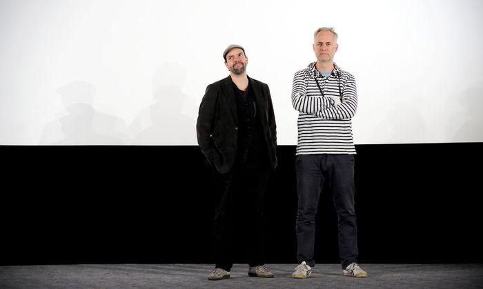 Robert Stachel (l.) und Peter Hörmanseder auf der Bühne im Wiener Gartenbaukino.