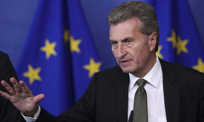 Der Haushaltskommisar kritisiert Paris und Rom.