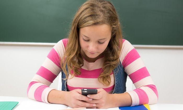 Bei Fragen zum Lernstoff oder der Suche nach Nachhilfe in der realen Welt hilft heutzutage die passende App.