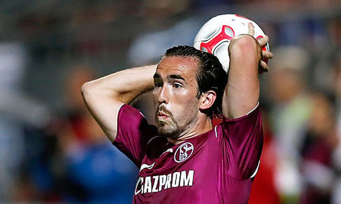 Fussball Christian Fuchs Neuer Nationalteam Kapitan