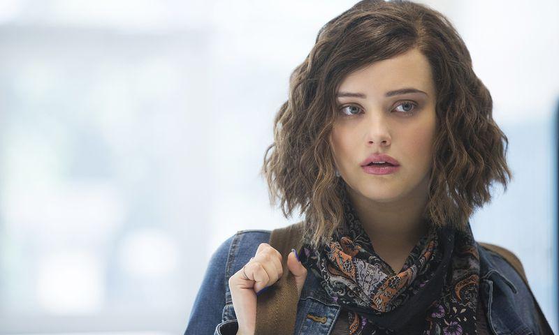 Hannah lässt sich die Haare schneiden - auch ein Versuch, wieder Kontrolle über ihren Körper zu erlangen