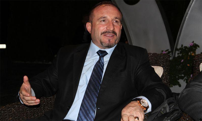 Vullnet Ameti, Rektor der State University of Tetovo erzählt.