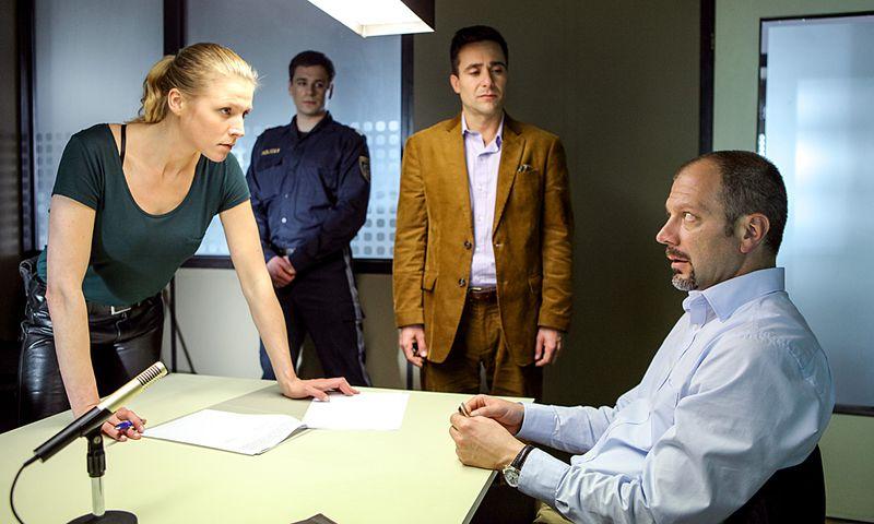 Franziska Weisz und Alexander Pschill in ''Janus''