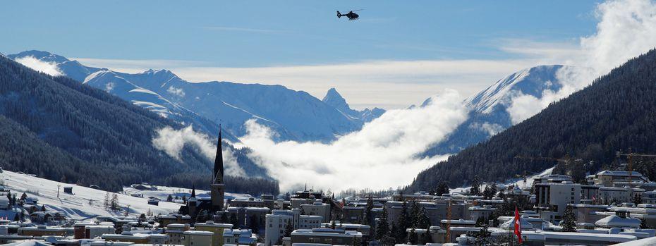 So viel Schnee fiel in Davos seit zwanzig Jahren nicht. / Bild: (c) REUTERS (DENIS BALIBOUSE)