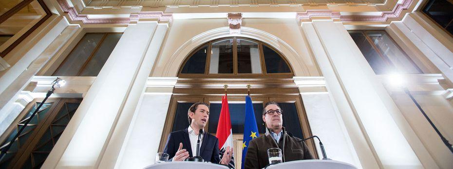 Nun geht es um Details: ÖVP-Chef Sebastian Kurz trifft am heutigen Freitag erneut FPÖ-Obmann Heinz-Christian Strache. / Bild: (c) APA/GEORG HOCHMUTH