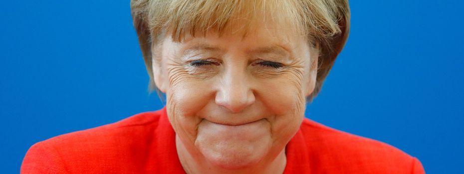 Am Montagnachmittag musste man sich entscheiden: Berlin oder München? CDU oder CSU? Angela Merkel oder Horst Seehofer?  / Bild: (c) REUTERS (HANNIBAL HANSCHKE)
