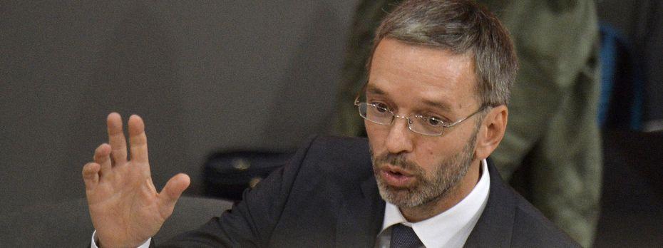 Innenminister Herbert Kickl (FPÖ) im Nationalrat / Bild: APA/HERBERT PFARRHOFER