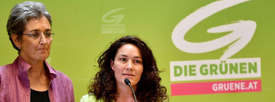 Die Grünen haben mit Ulrike Lunacek und Ingrid Felipe eine Doppelspitze / Bild: APA/BARBARA GINDL
