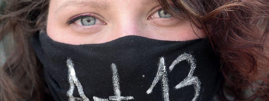 In Europa gingen am Wochenende Zehntausende gegen die geplante Reform auf die Straße. / Bild: APA/dpa/Peter Endig