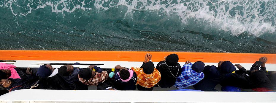Die Einrichtung von Asylzentren in Nordafrika soll verhindern, dass weiterhin tausende Migranten über das Mittelmeer nach Südeuropa drängen.  / Bild: (c) REUTERS (GUGLIELMO MANGIAPANE)