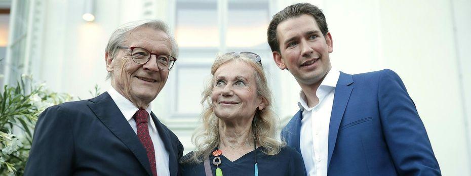 Hatte mit ähnlichen Problemen zu kämpfen wie heute Kurz: Wolfgang Schüssel (mit seiner Frau beim diesjährigen Kanzlerfest). / Bild: APA/GEORG HOCHMUTH
