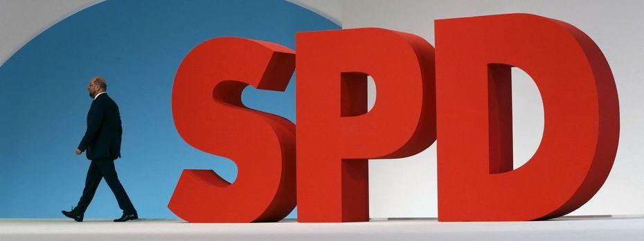Der glücklose SPD-Schulz bittet heute den Parteitag in Bonn um ein Ja zu Gesprächen mit der Union zwecks Koalitionsbildung. / Bild: REUTERS