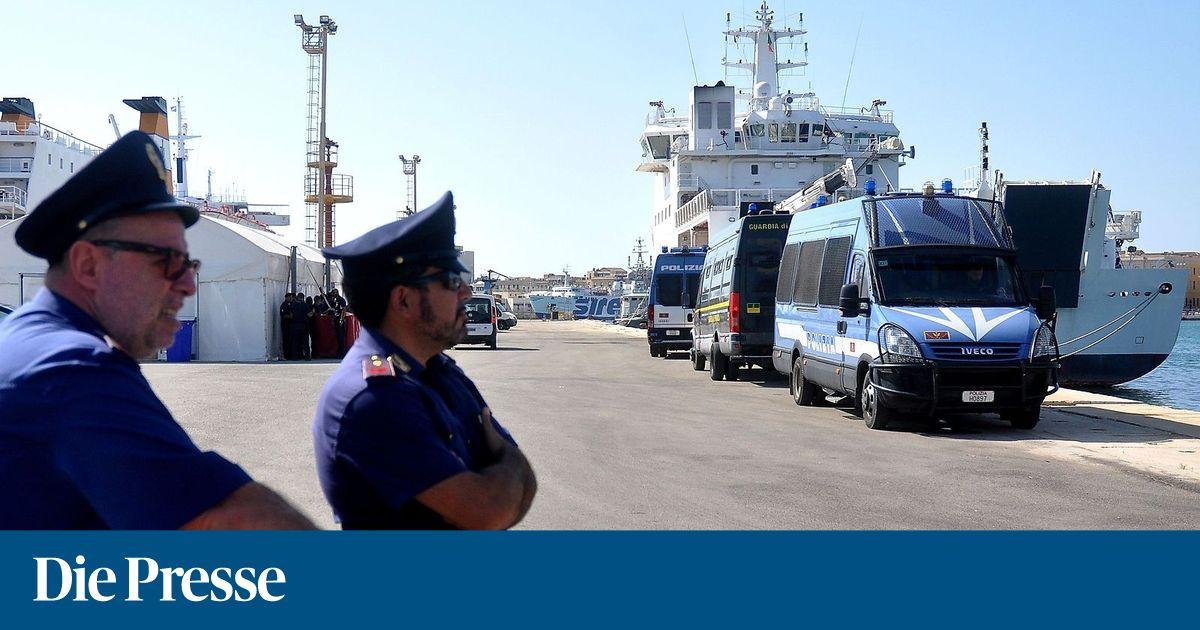 Kurz-Absage an Conte: Österreich nimmt keine Bootsflüchtlinge auf