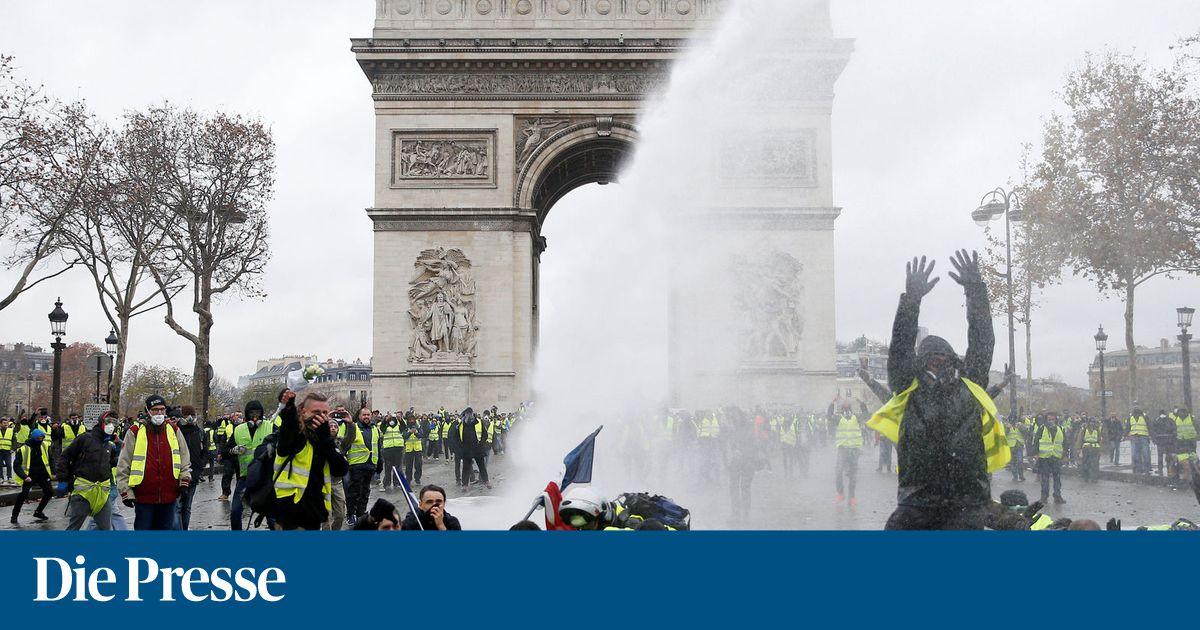 """Frankreich stockt Polizei für """"Gelbwesten""""-Demos auf"""
