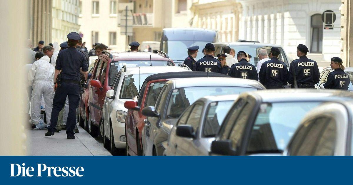 Mann Zog Bei Polizeieinsatz In Linz Pistole