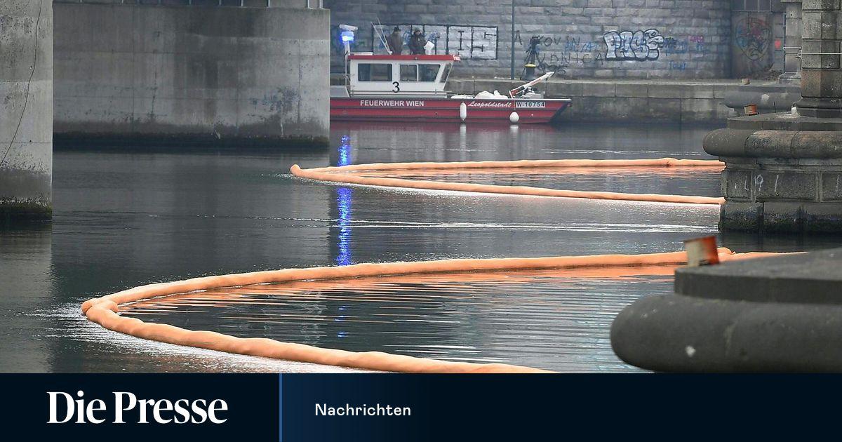 Treibstoff tritt auf Donau aus: Feuerwehr beendet Einsatz